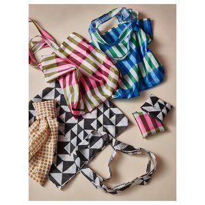 3x - SKYNKE Shopping bags, random colors